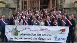 AMDA - 2 Les maires ont manifesté leur mécontentement 18-09-2015 11-57-08